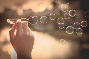 Burbujas en forma de corazón
